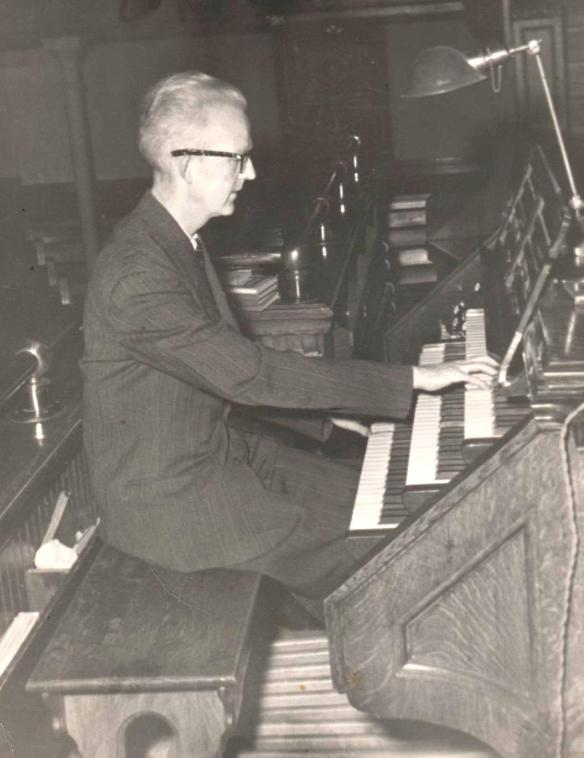 Robert Pounder would have been the accompanist for Dad in Moose Jaw.